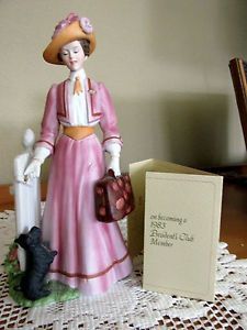 Avon Mrs Albee Scotty Dog President's Club Award Figurine Original Box 1983