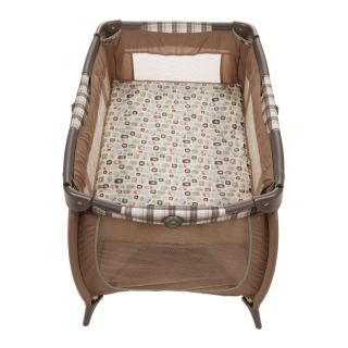 Disney Winnie Pooh Prelude Baby Play Yard Crib Sweet Silhouettes PY243AKU