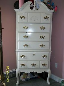 Used French Provincial Girls White Armour Dresser Bedroom Set