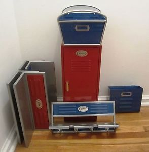 The Bombay Company Bombaykids Kids Locker Room Bedroom Set W Shelves Basket