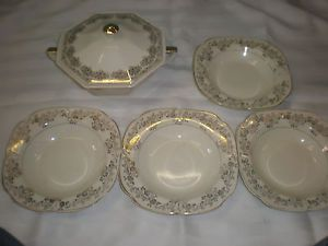 The Edwin M Knowles China Co 4 22 KT Gold Salad Bowls 22 KT Bowl with Lid