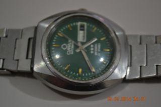 Vintage OMAX Swiss Men Watch Running 25 Jewels Automatic ETA 2879 Cal 2