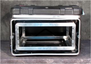 "Excellent SKB 20"" Deep 4U 4 Space Shock Absorbing Rack Mount Road Case"