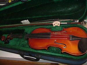 Canadian Violin Co 1732 Stradivarius Copy Violin Bow Semi Hard Case 3 4 Size