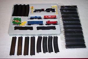 Bachmann N Scale Train Set