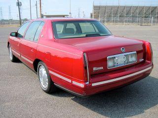 99 Cadillac Sedan DeVille Loaded Burgundy Low Miles One Owner V8 Must See