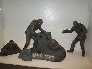 Mole People Sci Fi Art Model Kit Horizon 1988 5 PC Universal Studios
