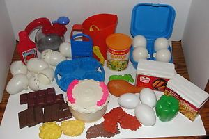LG Lot Vtg Fisher Price Fun with Food Pretend Play Food Cracked Eggs Sifter Cake