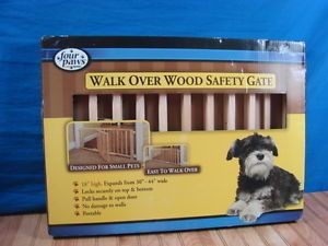Four Paws Wooden Walk Over Gate 30 44in w Door Designed for SM Pets