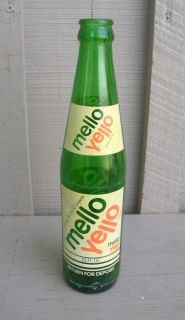 Old Vintage Mello Yello Coca Cola Beverages Soda Pop Bottle 10 FL Oz