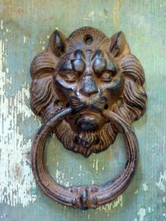 Lion Head Door Knocker Bell Cast Iron Metal Home Garden Shed Cabin Outdoor Decor