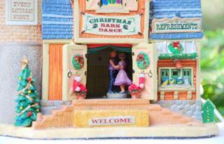 """Lemax Village Christmas 2009 Animated Lighted """"Christmas Barn Dance"""" 95894"""