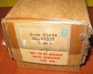 Rolls Royce Airplane Bus Engine Enamalled Name Plate Part No 18357 Trade Box
