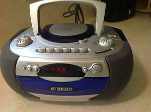 Curtis RCD 337 Boombox Am FM Radio Cassette Tape Player Recorder CD Player