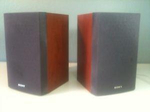 Sony Bookshelf Speakers SS CNEZ30 Pair