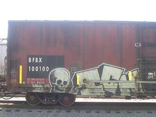 600 Freight Car Photos CD for Modeling Custom Weathered Trains CSX HO N O Scale