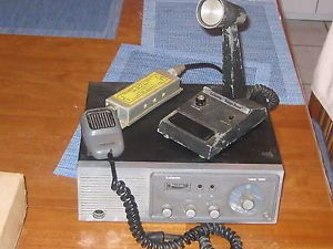 Vintage Lafayette Telsat 1000 23 CH Base Station CB Radio w Mics Accessories