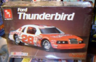 AMT Ertl 6717 NASCAR Ford Thunderbird 1 16 Big Scale Hardees Factory SEALED
