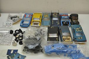 Vintage Plastic Model Cars Junkyard Lot Racecar Richard Petty Tires Rims Parts