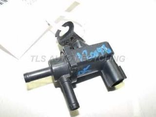 05 Toyota Corolla Vacuum Switch Valve 90080 A2001