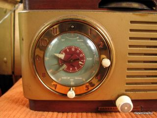 Vtg GE 521F Alarm Clock Radio Art Deco Painted Case General Electric Works Hums