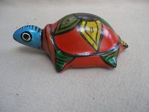 """Colorful Fun 4 1 2""""x8"""" Vintage Red Clay Mexican Pottery Flower Design Turtle"""