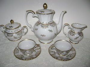 1800 Richard Ginori Forma Bavaria Coffee Tea Set for 2