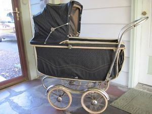 Antique Vtg Old Baby Carriage Stroll O Chair Buggy Stroller Black USA Halloween
