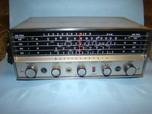 Vintage Hallicrafters Model s 120 Shortwaver Communications Radio