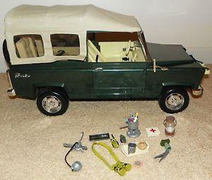 Bratz Doll MGA Entertainment Safari Jungle Jeep Cruiser Car Toy Accessories