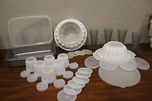 Vintage Tupperware Jello Mold