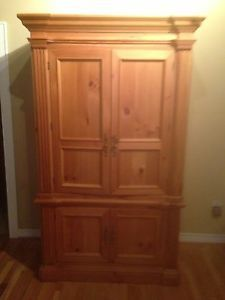 ... Hooker Furniture Solid Wood Entertainment Center ... & Solid Wood Entertainment Center