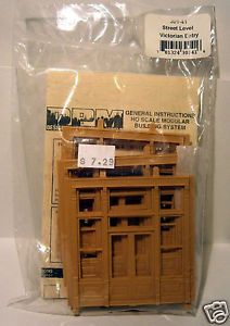 HO Scale DPM Modular Building System 30141 Street Level Victorian Entry NOS