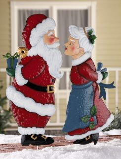Mr or Mrs Santa Claus Outdoor Kissing Garden Stake Christmas Yard Lawn Unique