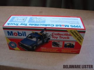 1 24 Mobil 1 Racing Collectible Toy Tow Truck 1995 Chevy w Working Lights New