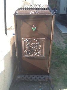 Antique Oil Furnace Home Heating 1940's Kerosene Heater Enamel Cabinet Furniture