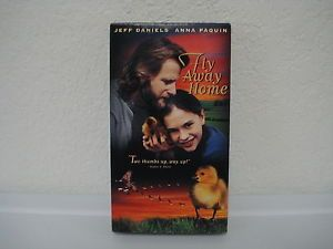 Fly Away Home VHS 1997 Closed Captioned 043396824331