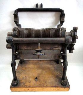 ★1920 Antique Cast Iron Itatonic Pasta Cutter Kitchen Tool
