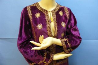 069b768dc99f6 Vtg Antique Pakistan Pakistani H Embroidered Velvet Traditional Dress Size  34 ...