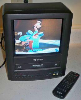 Toshiba MV9KD1 9 Portable CRT TV/ VCR TELEVISION Combo W/Remote