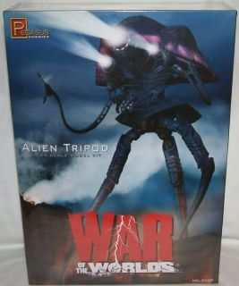 War of The Worlds Alien Tripod 1 144 Scale Model Kit Made by Pegasus in 2011