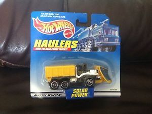 Hot Wheels Haulers OshKosh Snow Plow MOC Solar Power Over The Road Power Trucks