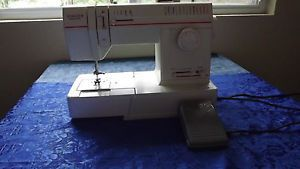 Singer Solid State Model 93220 Works Sewing Machine