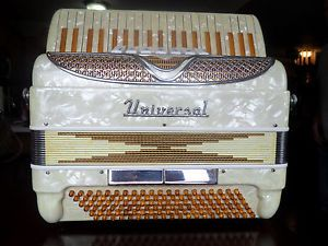 Vintage Universal Accordion with Case Made in Italy Good Condition Full