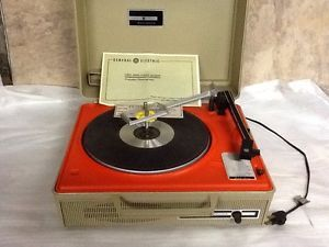 Vintage General Electric Solid State Automatic Portable Record Player