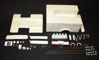 1 25 Scale Model Resin Emergency Squad 51 Deluxe Fire Truck Conversion Kit