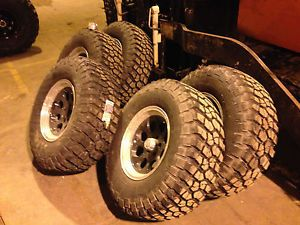"Jeep Tires 35"" BF Goodrich Tires and 17"" ion Alloy Wheels Mud Tires Jeep Tires"