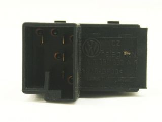 Fuel Gas Door Release Pop Switch 99 5 05 VW Jetta Golf Passat 1J0 959 833 A