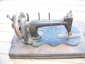 Old Vintage Antique Hand Crank Seidel Naumann Sewing Machine for Parts Restore