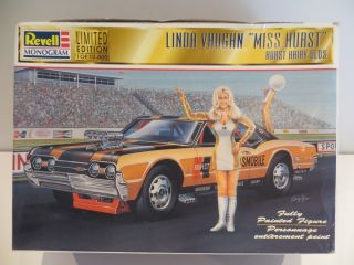 Linda Vaughn 'Miss Hurst' Hairy Oldsmobile 1 24 Model Kit Revell Monogram Cool